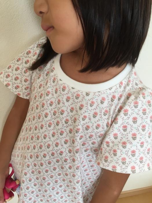 オリジナル型紙 フリルTシャツ 4 120サイズ 着画3